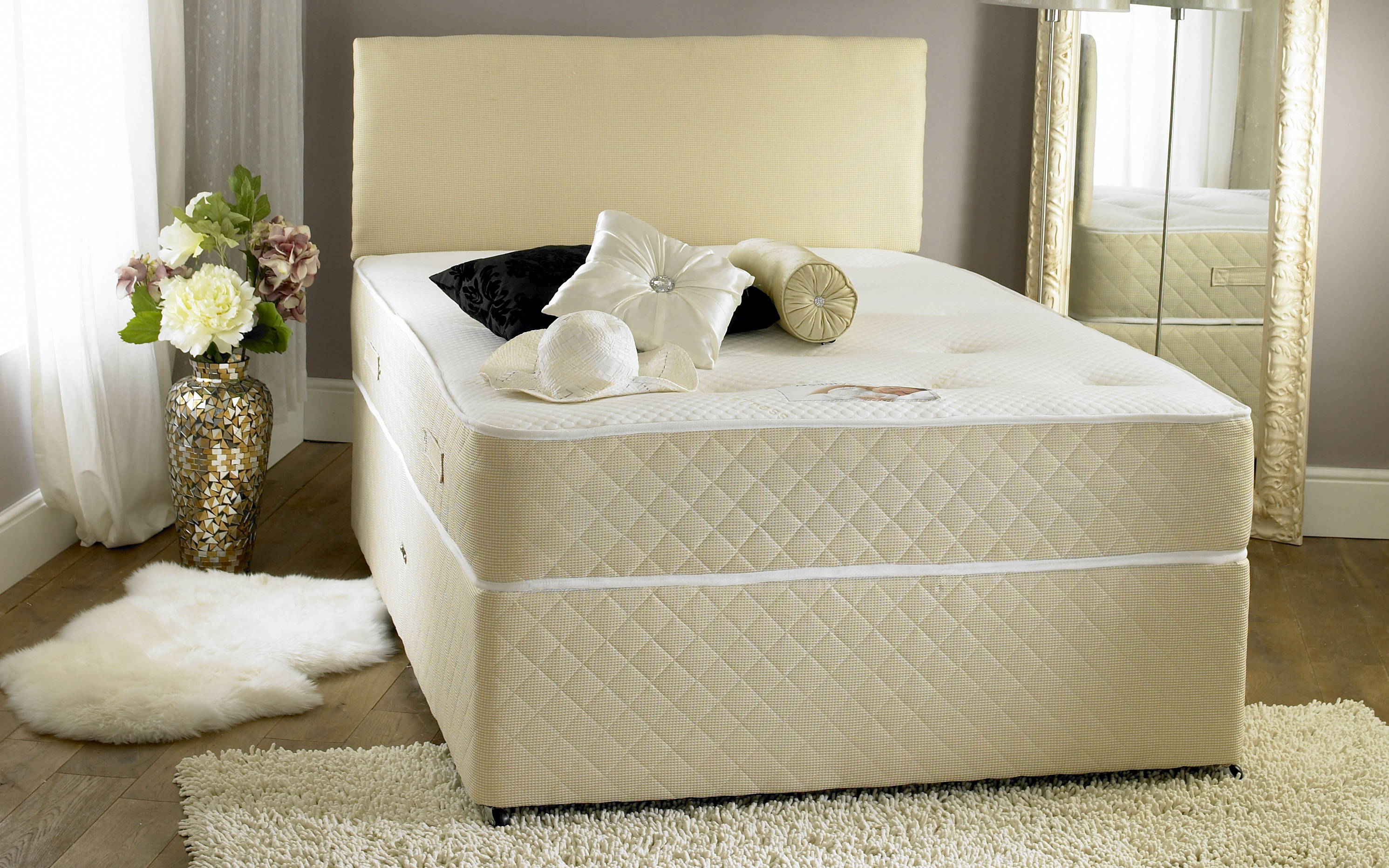 Almond divan bed Three quarter divan bed